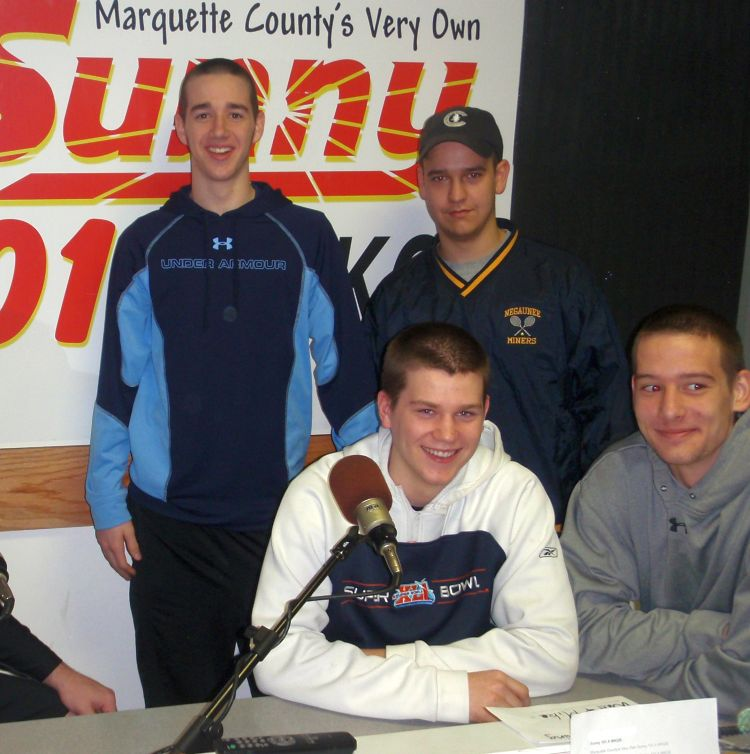 negaunee chatrooms A blog about university of michigan football news, discussion and fanfare.