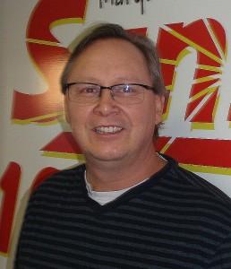 Pastor-Dale-Niskanen-WKQS-FM-906-228-6800